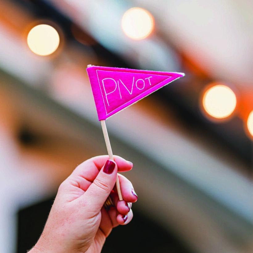 Pivot Mini Flag