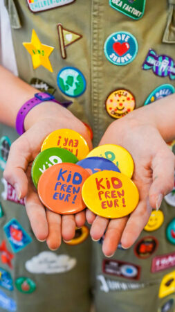 Kidpreneur Badges - Exclusive product - Mims Family in Work Shop - DSC06213